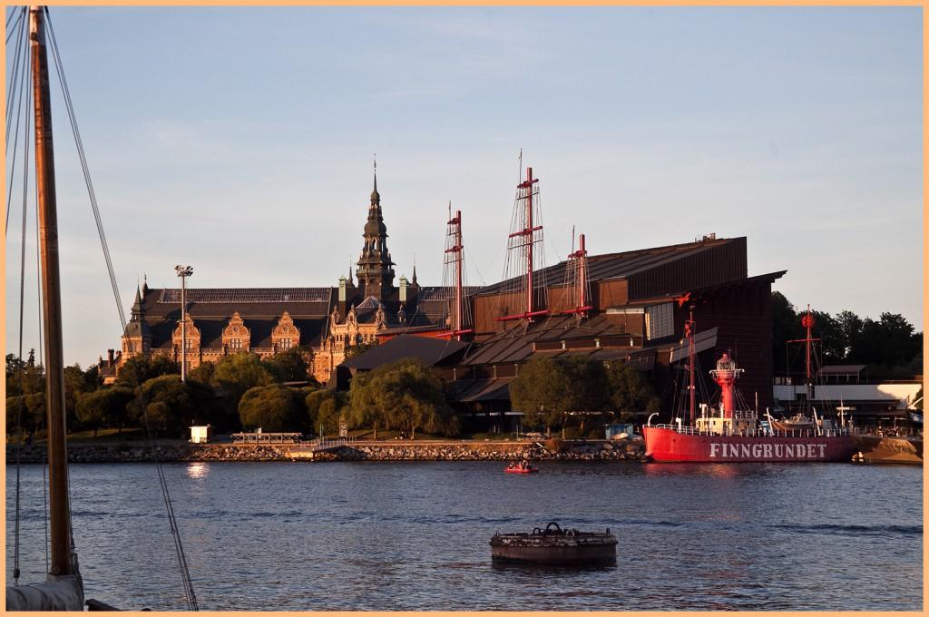 Nordiska muziejaus pilaitė ir Vazos muziejus, iš kito kranto